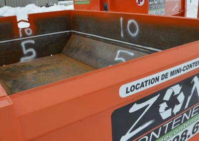 Intérieur d'un conteneur de Zone Conteneur Inc. à Mirabel - Zone Conteneur Inc. Montréal