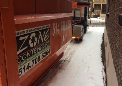 Transport de conteneurs à déchets à Mirabel - Zone Conteneur de Mirabel