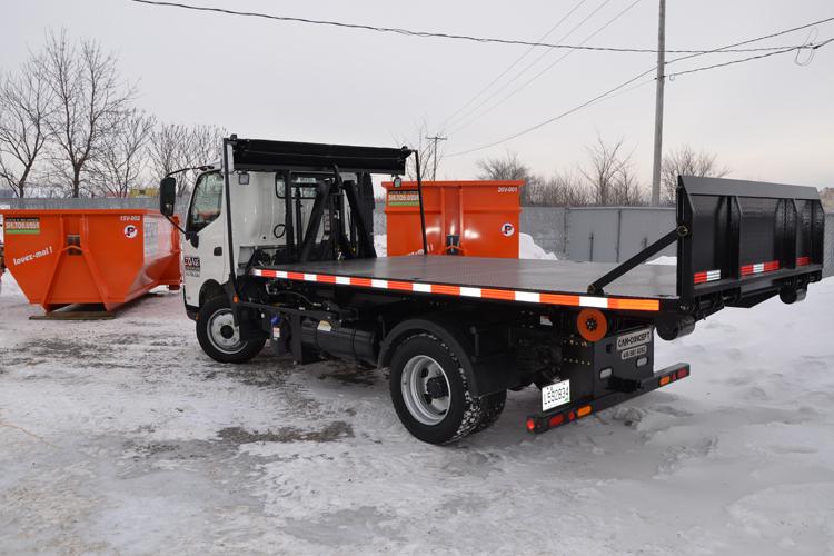 Conteneur de 20 verges cube de Zone Conteneurs Inc. à Mirabel - Zone Conteneurs Inc. - Montréal
