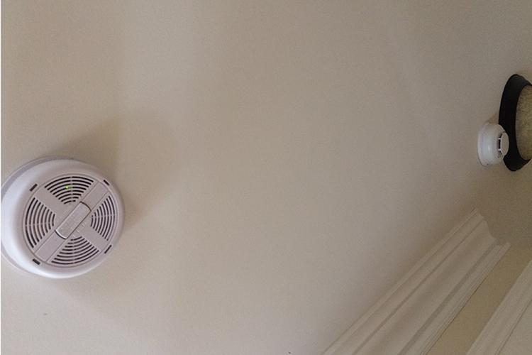 Le grand ménage du printemps ( Avez-vous pensé à vos détecteurs de fumée? ) - Zone Conteneurs Inc. - Mirabel, Montreal